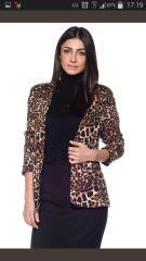 çok şık leopar desenli bayan ceketler
