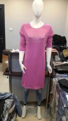 Farklı Renklerde Bayan Elbiseler