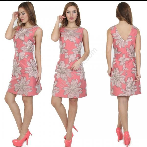 Ucuz Seri Sonu  Bayan Elbiseleri  15 TL